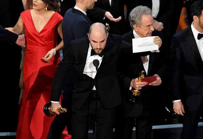 На Оскаре 2017 случился неприятный конфуз